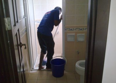 CLEANING SERVICES 04